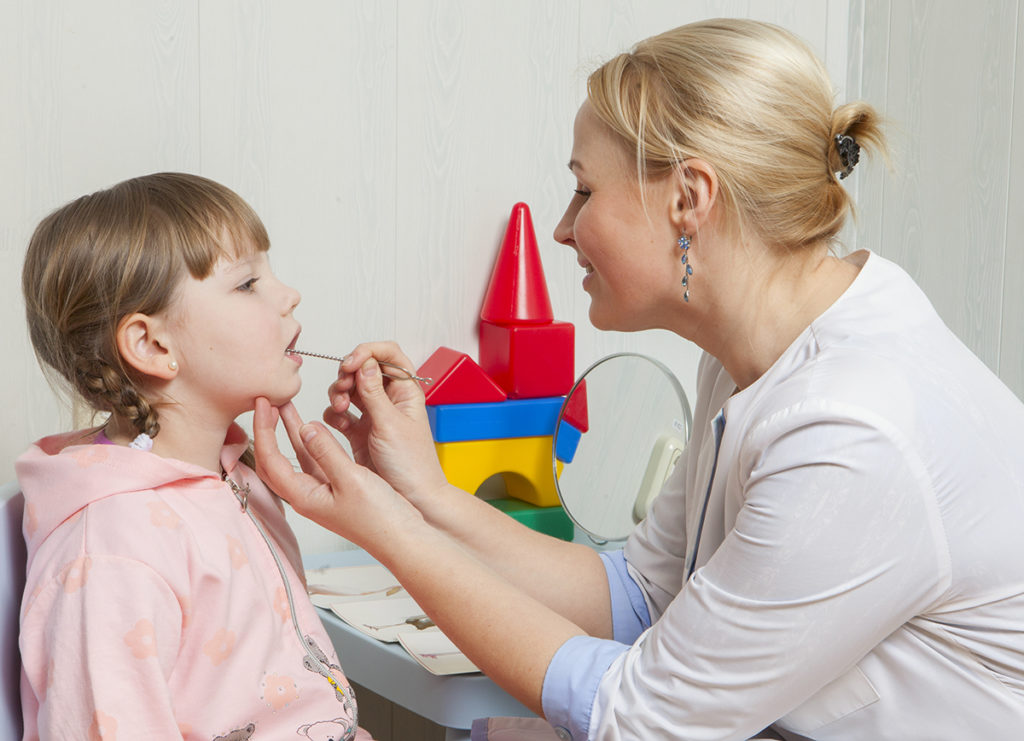 Занятия репетитора логопеда на дому для ребёнка